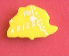 ARIEGE FOIX - DEPARTEMENT FRANCE - PIECE DU JEU MOB DES ANNEES 1950 - Toy Memorabilia