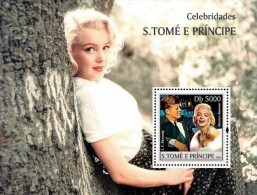 ST4D17 Sao Tome And Principe 2004 Marilyn Monroe & JFKennedy MNH S/Sheet - Sao Tome Et Principe