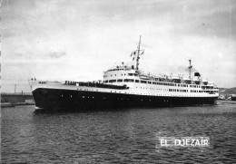 Transports > Bateaux> Paquebots El Djezair - Steamers