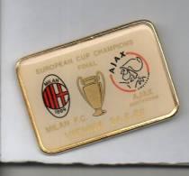 Mi2 Pins EUROPEAN FINAL CUP CHAMPIONS  MILAN AIAX AMSTERDAM - VIENNA 1995 DIstintivi FootBall Soccer Pin Spilla - Calcio