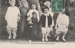 Cpa N° 83 BATZ Une Demi Treizaine De Petits Paludiers - Batz-sur-Mer (Bourg De B.)