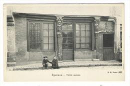 EURE-ET-LOIR  /  EPERNON  /  VIEILLE  MAISON - Epernon