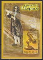 Burundi COB BL142 History Of Space - Newton 2000 MNH