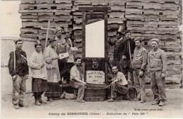 Camp De SISSONNE – Exécution Du « Père 100 » ( Guillotine ) - Sissonne