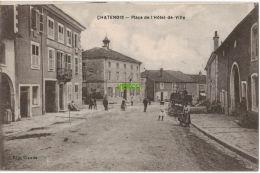 Carte Postale Ancienne De CHATENOIS – PLACE DE L'HOTEL DE VILLE - Chatenois