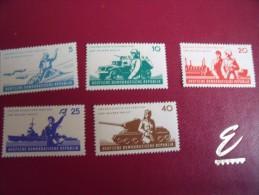 Timbres  DDR  Neufs ** Année;1962   Michel   N°   876 / 880 - Neufs