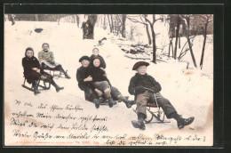 CPA Des Enfants Auf Schlitten - Winter Sports