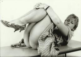324    --   FOTO EROTIC, NUDE  --  13 Cm  X  8,9 Cm - Belleza Feminina (1941-1960)