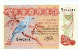 Surinam #119 2 1/2 Gulden 1985 Banknote Currency Money, Bird Lizard - Surinam