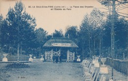 Cpa N° 35 LA BAULE LES PINS La Place Des Dryades Et L´Entrée Du Parc - La Baule-Escoublac