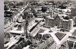 EVREUX . L'Hôtel De Ville Et Le Beffroi . - Evreux