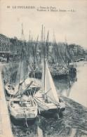 Cpa N° 98 LE POULIGUEN Dans Le Port Voiliers à Marée Basse - Le Pouliguen