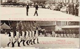 LUNEVILLE – M. Le Général Goetschy, Commandant Du 20e Corps Serrant La Main De M. Le Lieutenant De Mollans ... - Luneville