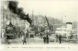 Animée Loco Vapeur - Départ Du Rapide Paris - Arrivée Bateau De Newhaven - Dieppe  CPA - Stations - Met Treinen