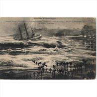FRATP0858CPA-LFTD4280TCSC.Tarjeta Postal DE FRANCIA.Edificios,mar,tormenta,barcos.GRAN TORMENTA EN BIARRITZ - Commercio