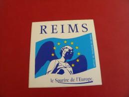 Autocollant, Sticker - REIMS - Le Sourire De L'Europe  (615 B03) - Autocollants