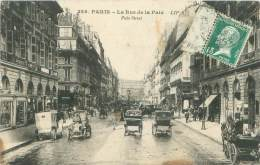 75 - PARIS - La Rue De La Paix - Transport Urbain En Surface