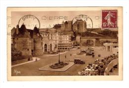 76 DIEPPE N° 29 Petits Tableaux : Tourelles, Théâtre & Esplanade Du Casino / CPA Mona Voyagée 1930 ??  CARNET +++ - Dieppe