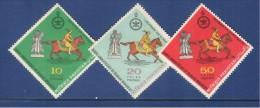 Pakistan 1971 Persian Monarchy Sets Of 3V.  MNH - Pakistan
