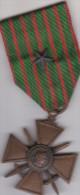 MEDAILLES   MILITAIRE  1914  1918 avec une etoile