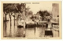 84  - Avignon  - Inondations 1935   -  Boulevard St Michel Et Garage Mattei   ( Camion Citerne ,Autobus... ) - Avignon