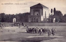 MARRAKECH - 2 Cpa Du Célèbre Photographe Félix -Pavillon De La Ménara Et Palais De L'Aguedal (Hôpital) - 2 Scans - Marrakech