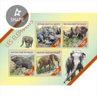 Z08 NIG14218a NIGER 2014 Elephants MNH Mini Sheet - Niger (1960-...)