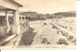 SAINT JEAN DE LUZ   La Plage Vers L'hotel D'angleterre   MD 28 - Saint Jean De Luz