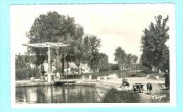 18 - AINAY LE VIEIL - CPSM 2.5 - Pont Levis Sur Le Canal - Ed Théojac - Ainay-le-Vieil