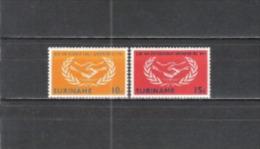 Suriname 1965 Geschichte Organisationen Vereinte Nationen Zusammenarbeit UNO ONU H�nde Lorbeerkranz, Mi. 460-1 **