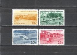 Suriname 1965 Wirtschaft Industrie Bergbau Bodenschätze Bauxit Aluminium Alaun Energie Strom Wasserkraft, Mi. 474-7 ** - Suriname