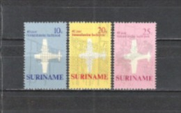 Suriname 1970 Postgeschichte Luftpostdienst Luftfahrt Flugzeuge St�dte Stadtpl�ne Paramaribo Totness, Mi. 581-2 **