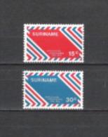 Suriname 1972 Postgeschichte Postdienst Niederlande-Surinam Luftpost Briefe Letters Airmail Flugzeuge, Mi. 636-7 **