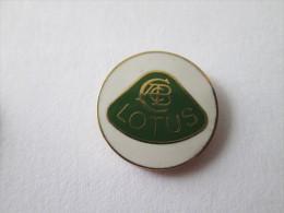 Lotus Pin Ansteckknopf Weiss Emailliert - Pin's & Anstecknadeln