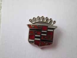 GM Cadillac Pin Ansteckknopf - Pin's & Anstecknadeln