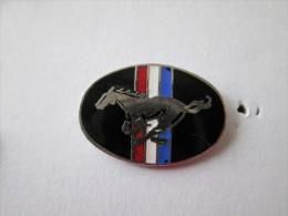 Ford Mustang Pin Ansteckknopf Schwarz - Ford