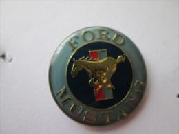 Ford Mustang Pin Ansteckknopf Hellblau - Ford