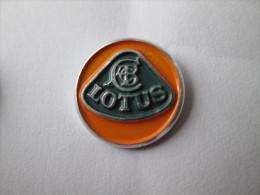 Lotus Anstecknadel Gestanzt - Pin's & Anstecknadeln