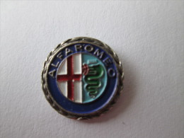 Alfa Romeo Anstecknadel Silberkranz - Alfa Romeo