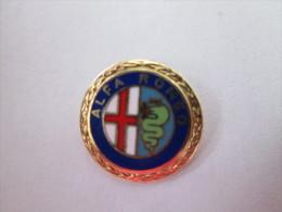 Alfa Romeo Anstecknadel Emailliert Goldkranz - Alfa Romeo