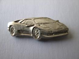 Ferrari Pin Ansteckknopf Fahrzeug Silberfarben - Ferrari