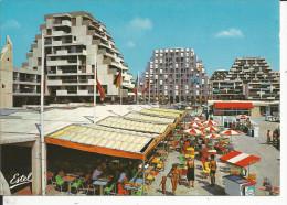 """34 - LA GRANDE MOTTE - Place De L'Epi - ... """"Le Languedoc"""" - """"L'impérial"""" - Le Grand Voilier - France"""