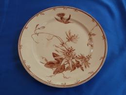 """Très Belle Assiette Plate En Faïence De GIEN, Collection """"OISEAUX-MOUCHES"""" (modèle 1) - Gien (FRA)"""