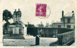 27 LE NEUBOURG  Le Monument Des Poilus 1914.1918 - Le Neubourg