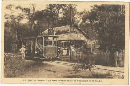 ROYAN.  Env. De.  Le Tram Forestier Devant Le Restaurant De La Coubre. - Royan
