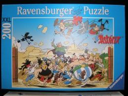 ASTERIX - PUZZLE 200 PIECES XXL - RAVENSBURGER 2005 - A L´ATTAQUE ! - OCCASION COMPLET - Astérix