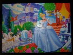DISNEY PRINCESS - PUZZLE 104 PIECES - CLEMENTONI - CENDRILLON - 68x48cm OCCASION COMPLET - Puzzles