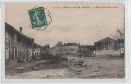 ARDENNES.la Ferte Sur Chiers.la Place Et La Grande Rue. - France