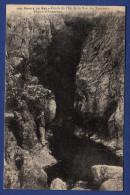 29 CLEDEN-CAP-SIZUN Grotte De L'Est De La Baie Des Trépassés - Animée - Cléden-Cap-Sizun
