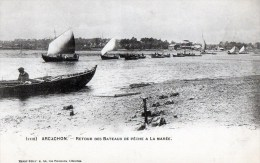 56Ba   33 Arcachon Retour Des Bateaux De Peche à La Marée DND En TBE - Arcachon